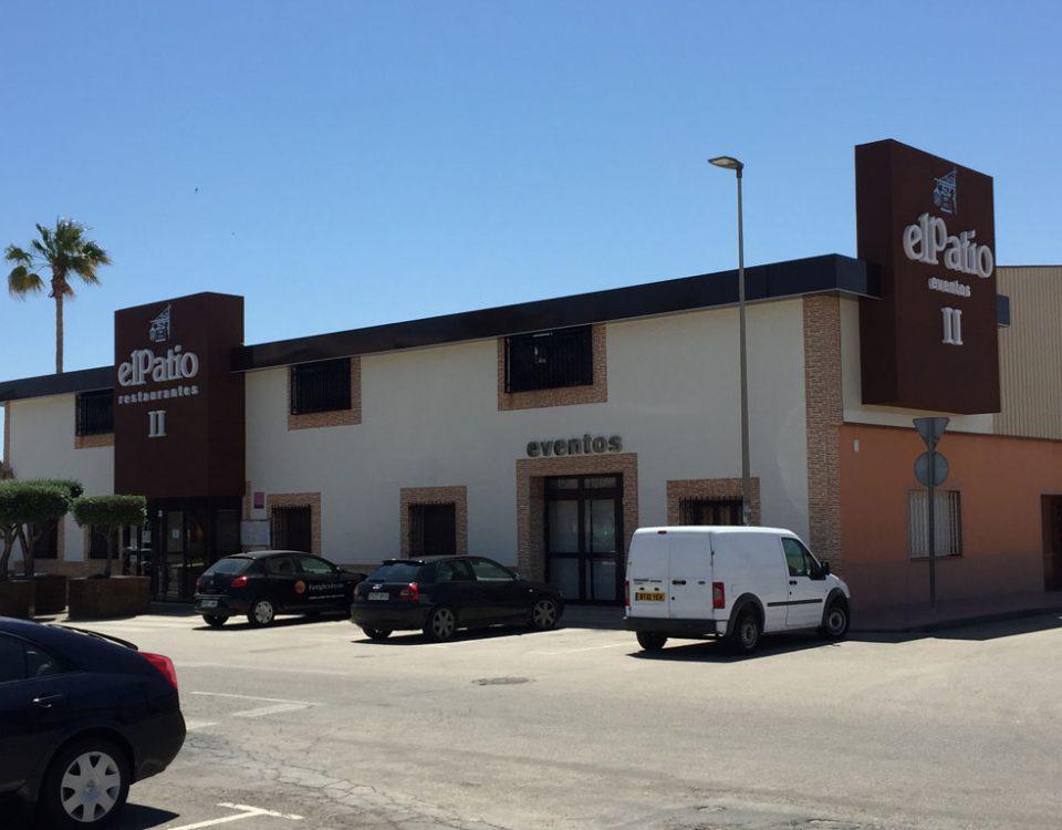 diseño de fachadas para restaurantes en Murcia - Rótulos y fachadas Art Design