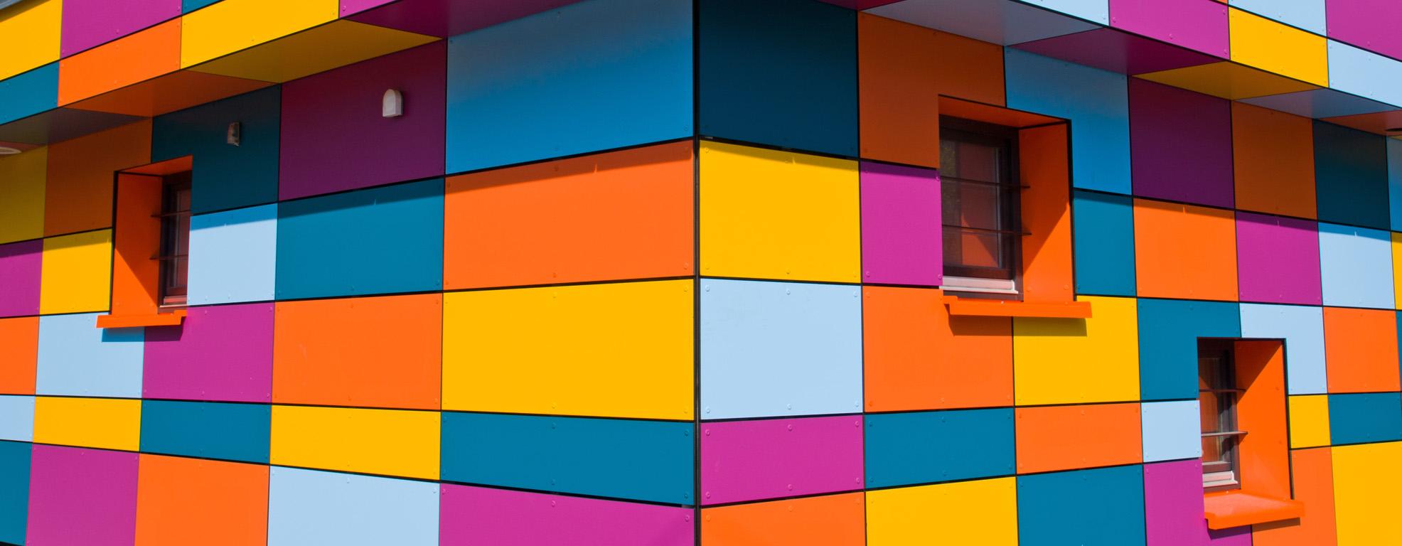 Revestimiento de fachadas con composite..