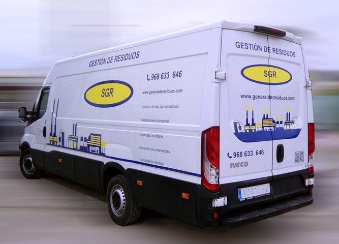 Rotulación de furgoneta para SGR, Rótulos Art Design.