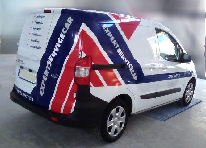 Rotulación de furgoneta para López Motor, rótulos Art Design