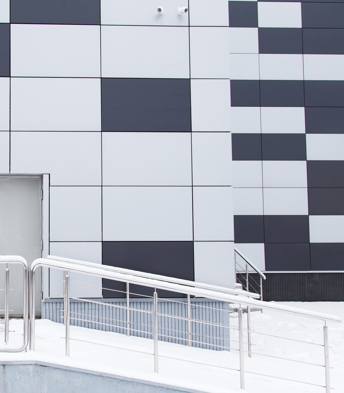 Panel sandwich Composite para fachada, realizado por Rótulos Art Design