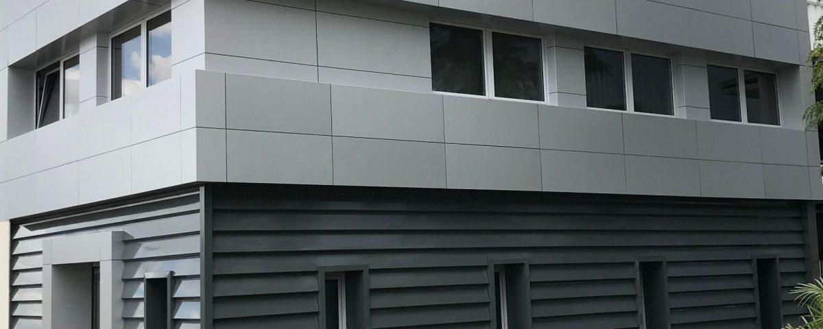 rehabilitación de fachadas panel sandwich composite Rótulos Art Design