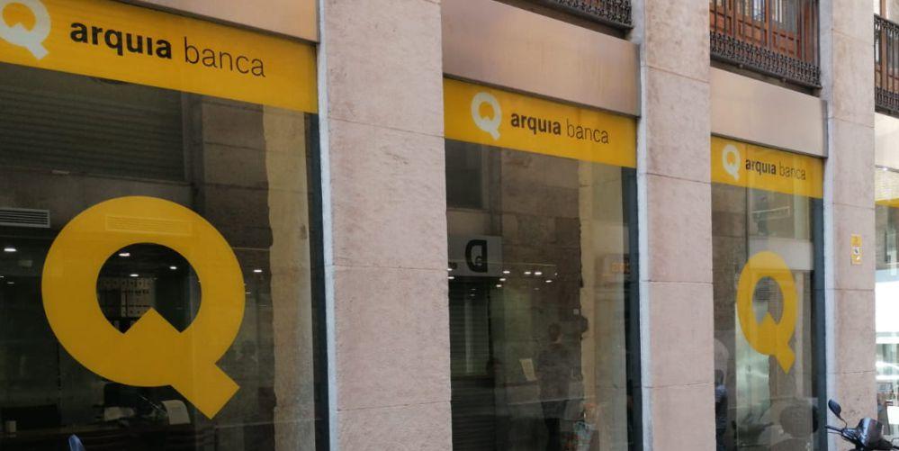 vinilos para cristaleras Murcia - Arquia Banca