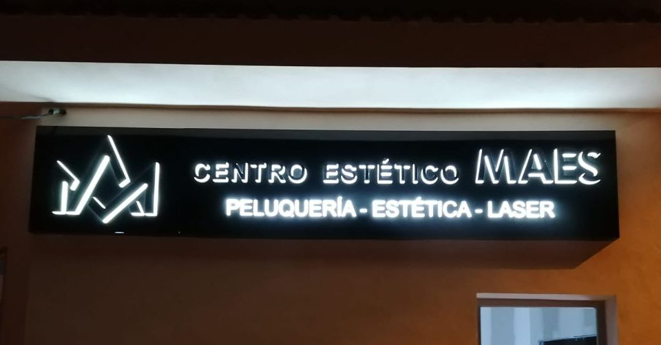 rótulos luminosos para exterior Murcia - Rótulos Luminosos Art Design