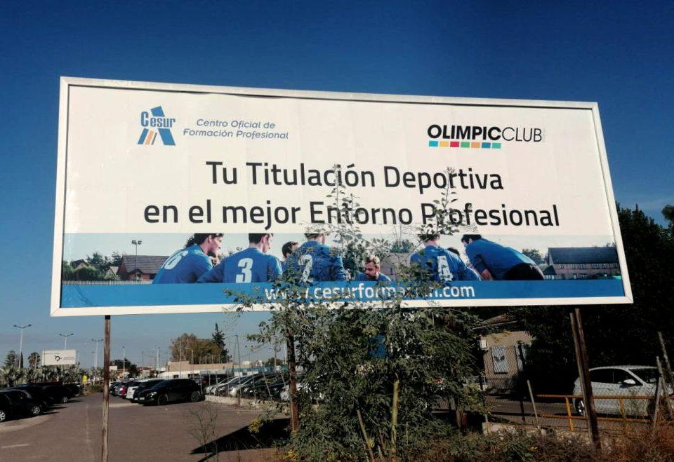 Valla publicitaria de gran formato - CESUR Centro de Formación Profesional