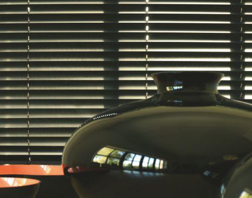 veneciana aluminio para ventana rótulos luminosos Art Design