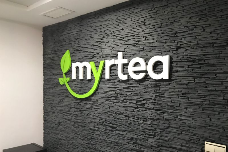 Letras corpóreas en pvc decoración interior Myrtea, Rótulos Luminosos Art Design en Murcia