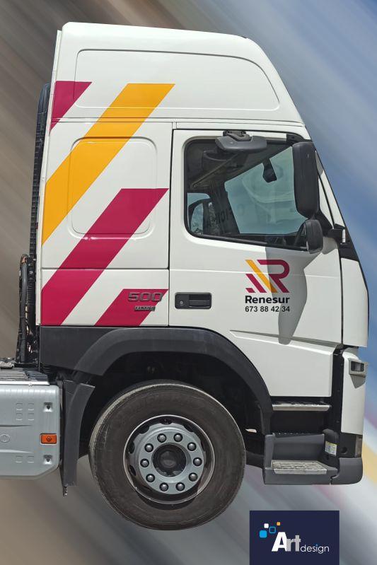 rotulación de Camión con vinilo de fundición